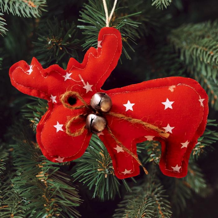 3441935 Набор для создания подвесной елочной игрушки из ткани 'Олень с бубенчиками',цвет красный