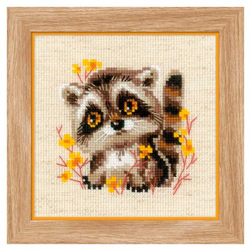 1754 Набор для вышивания Риолис 'Маленький енотик' 13*13см