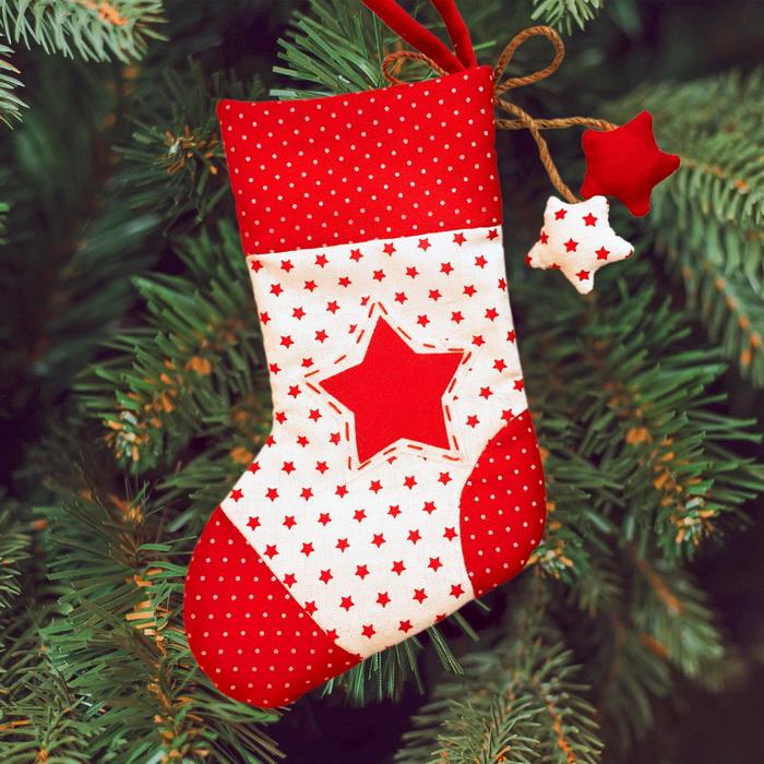 3441953 Набор для создания подвесной елочной игрушки из текстиля 'Носочек со звездами'