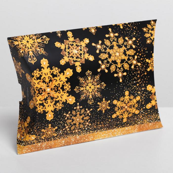 4381658 Коробка сборная фигурная «Золотой шик», 19 × 14 × 4 см