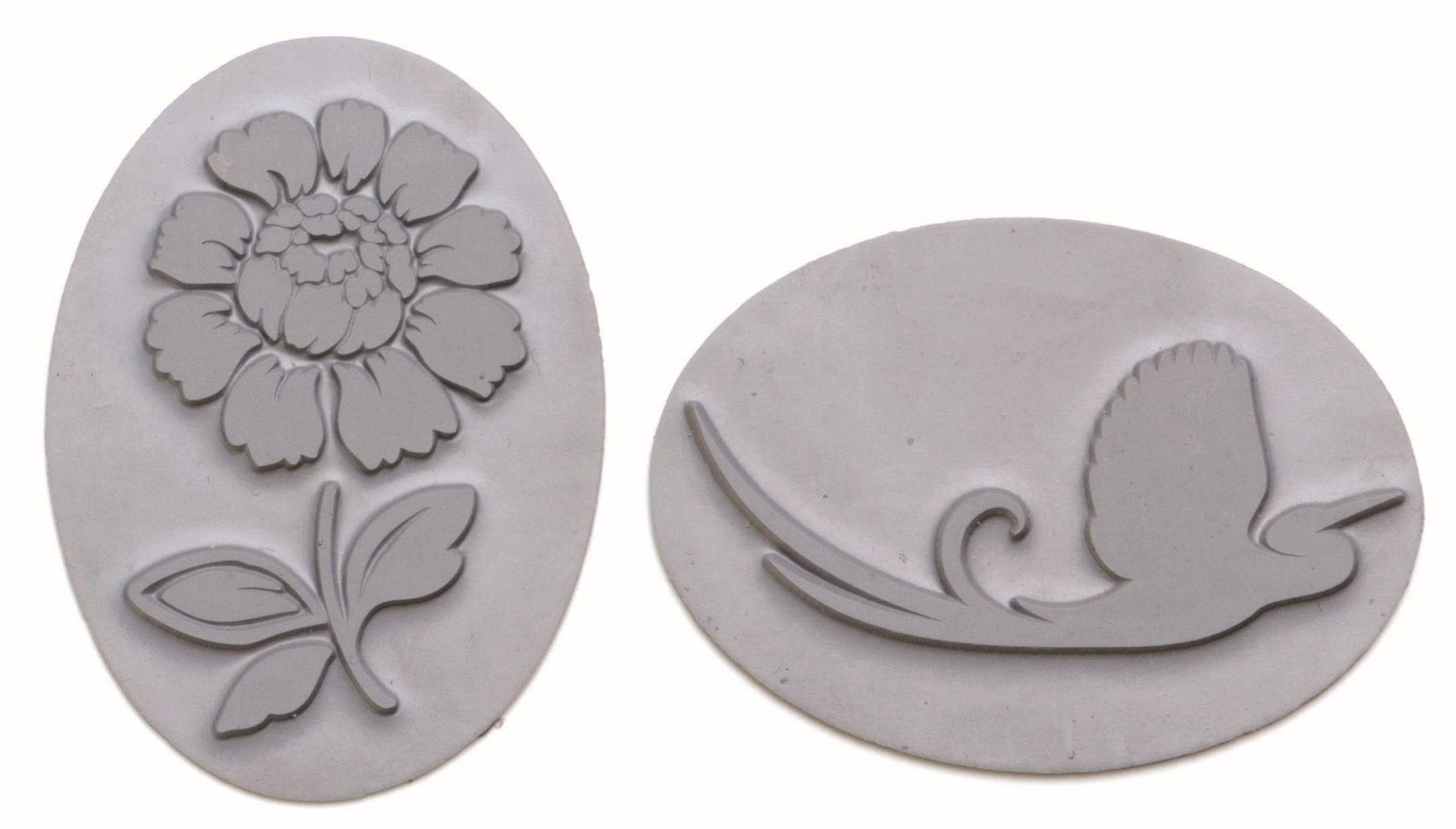 61600440 Вкладыш в овальную форму для мыловарения,цветок,2шт. Glorex