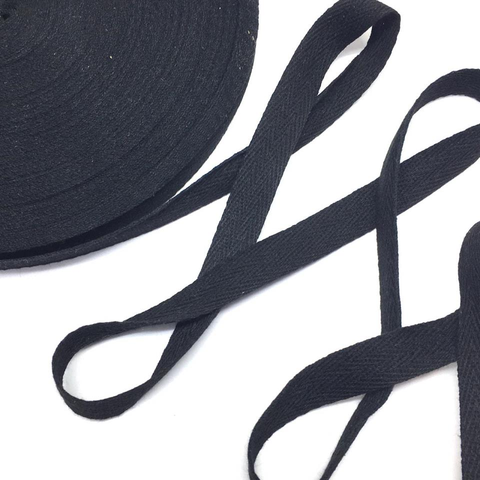 Лента киперная черный 1,5см 43м