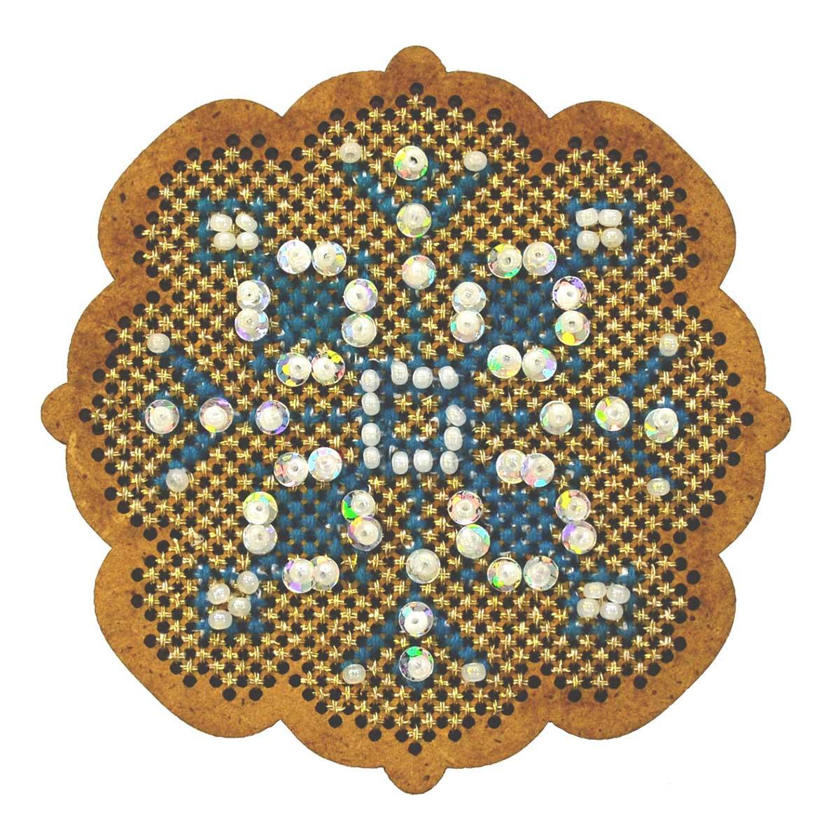 ИК-004 Набор для вышивания крестом на основе Созвездие 'Новогодняя игрушка 'Снежинка' 6,5*6,5см