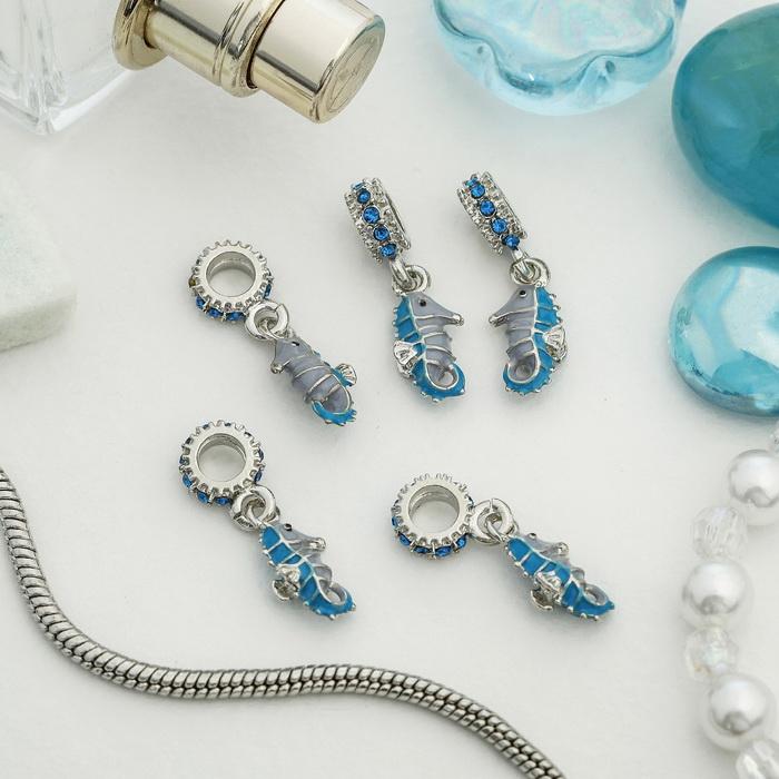 4102859 Подвеска 'Морской конек', цвет голубой в серебре