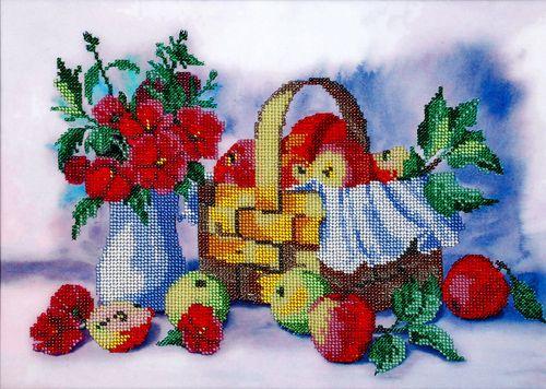 БН-3101 Набор для вышивания бисером Hobby&Pro 'Лукошко яблок', 35*25 см