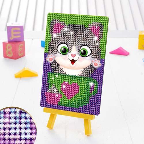 3572058 Алмазная мозаика для детей 'Котик'+ емкость, стержень с клеевой подушечкой