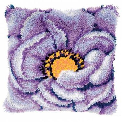0021852-PN Подушка (ковровая техника) Vervaco 'Лиловый цветок' 40x40 см