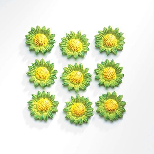 63805412 Декоративный элемент 'Подсолнухи', (полирезин), зеленый, 2,1*2,1 см, упак./9 шт., Glorex
