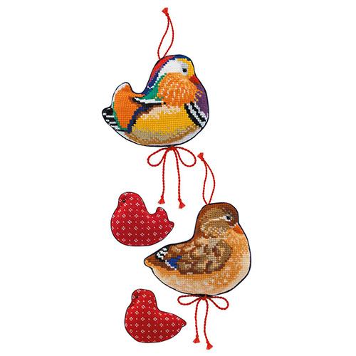 1769 Набор для вышивания Риолис Игрушки'Утки мандаринки-2шт'10*8см