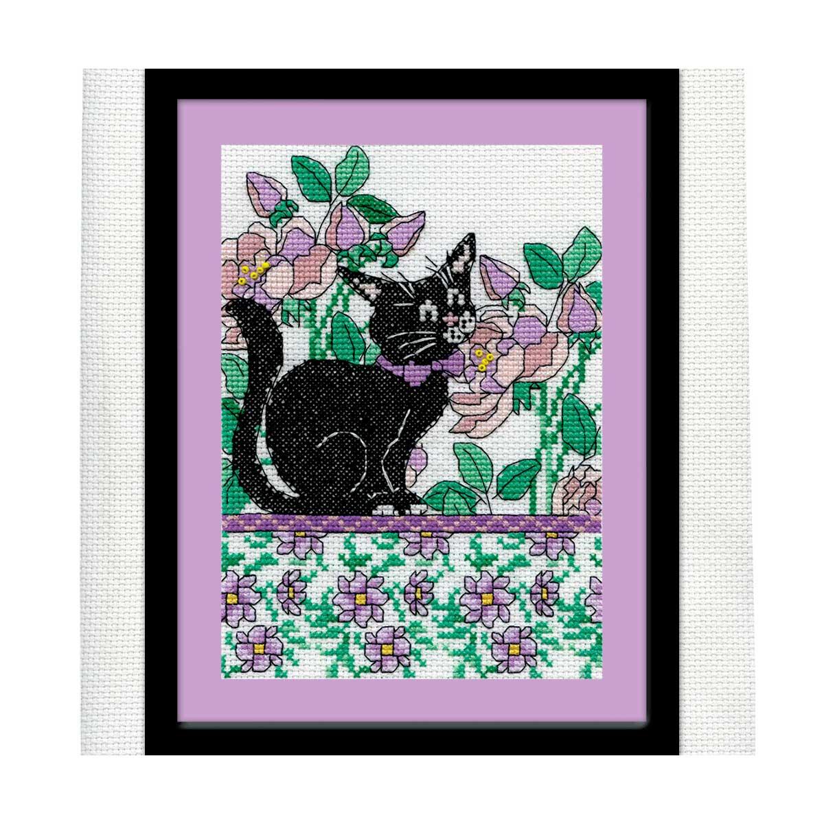2805 DWC Набор для вышивания 'Черный кот среди сиреневых цветов' 13х18 см