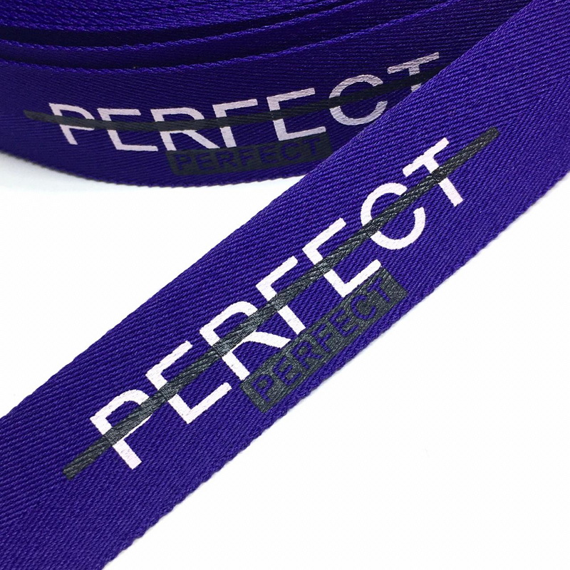 Тесьма декор. фиолетовая PERFECT 2,5см уп*10м, 2135001356974