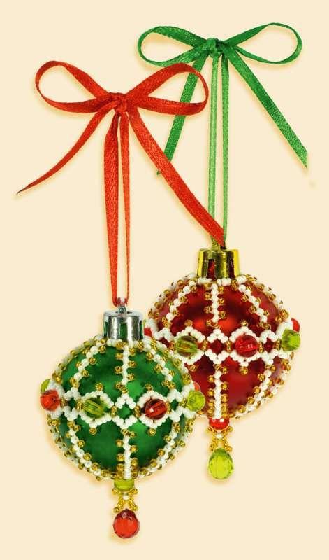 Б172 Набор для бисероплетения Riolis новогоднее украшение 'Шары', 4 см