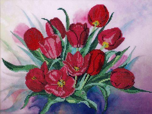 БН-3099 Набор для вышивания бисером Hobby&Pro'Тюльпаны', 40*30 см