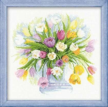 100/008 Набор для вышивания Риолис 'Акварельные тюльпаны', 30x30см