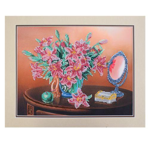 БН-3136 Набор для вышивания бисером Hobby&Pro 'Лилии в натюрморте', 28*35 см