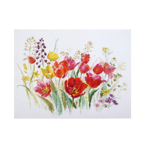 2-34 Набор для вышивания АЛИСА 'Полевые тюльпаны' 30*21см